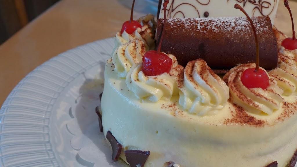 pattison's patisserie black forest cake