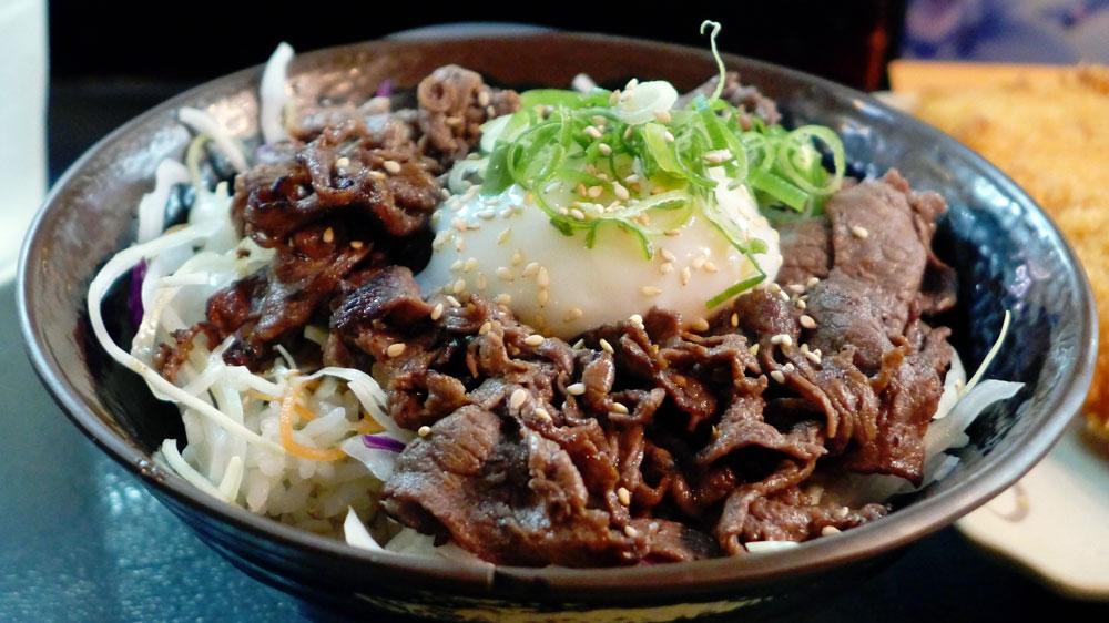 Oiden Rice Bowl Bar Ontama BBQ Beef close