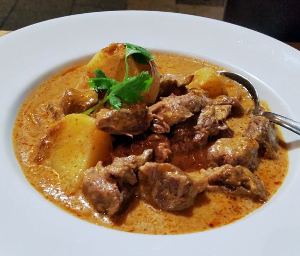 thai number one ashfield massaman beef curry close up