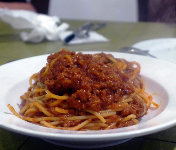 the italian bowl newtown king street sydney spaghetti bolognese far